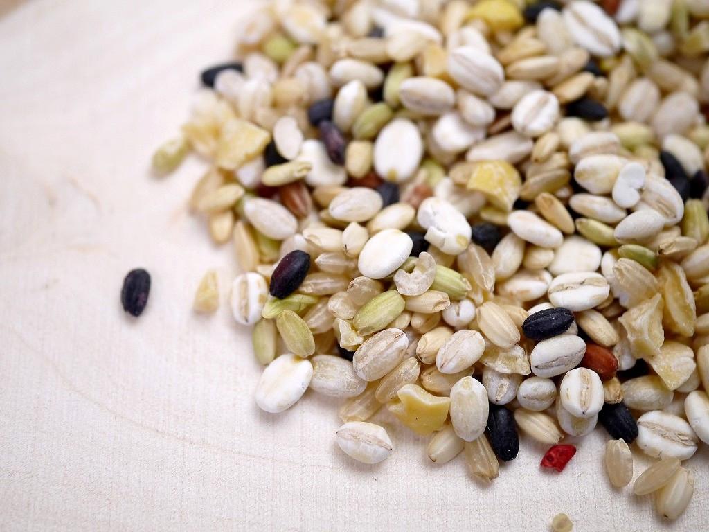 大麦、玄米、米ぬか